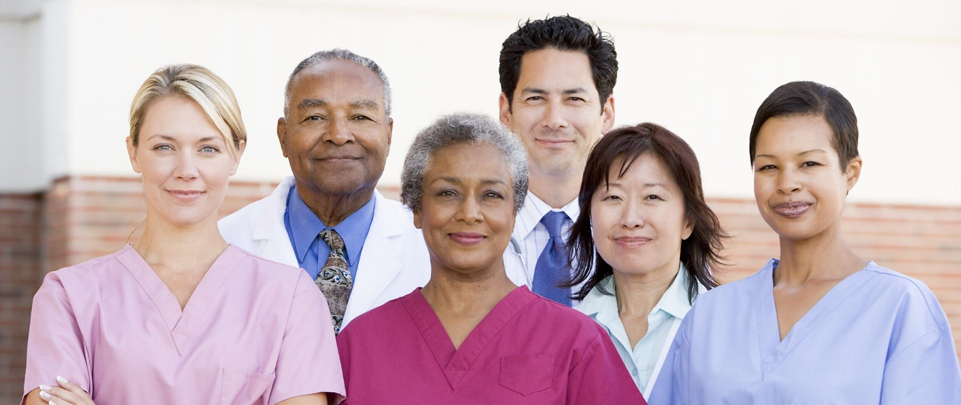 Healthcare Workers 2 1920x810 1 - Frontline Healthcare Worker Online Program
